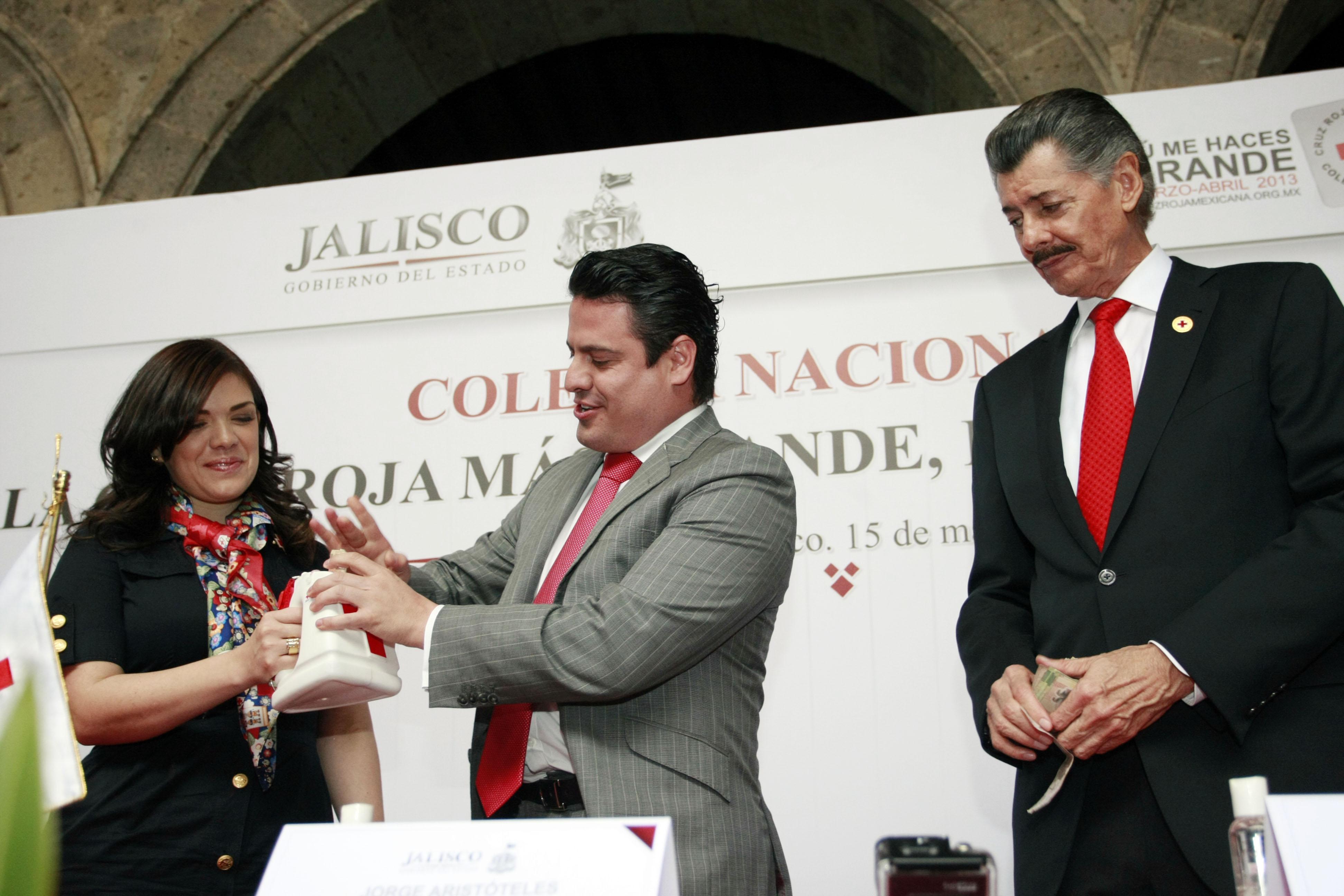 Cruz Roja y Hospicio Cabañas se benefician con 28mdp del refrendo vehicular