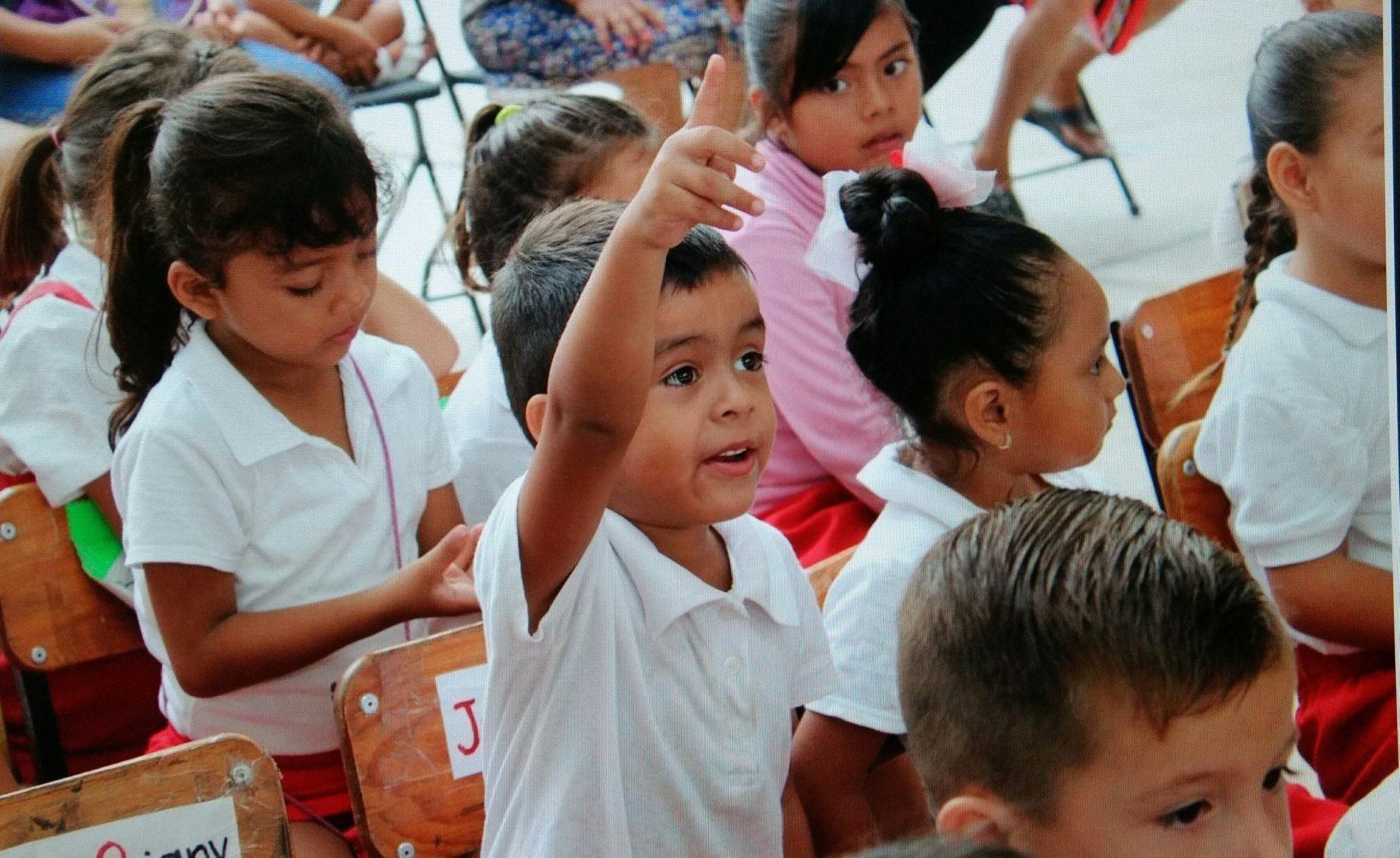 Tonalá con 5.83 % de deserción escolar; Zapopan entrega becas
