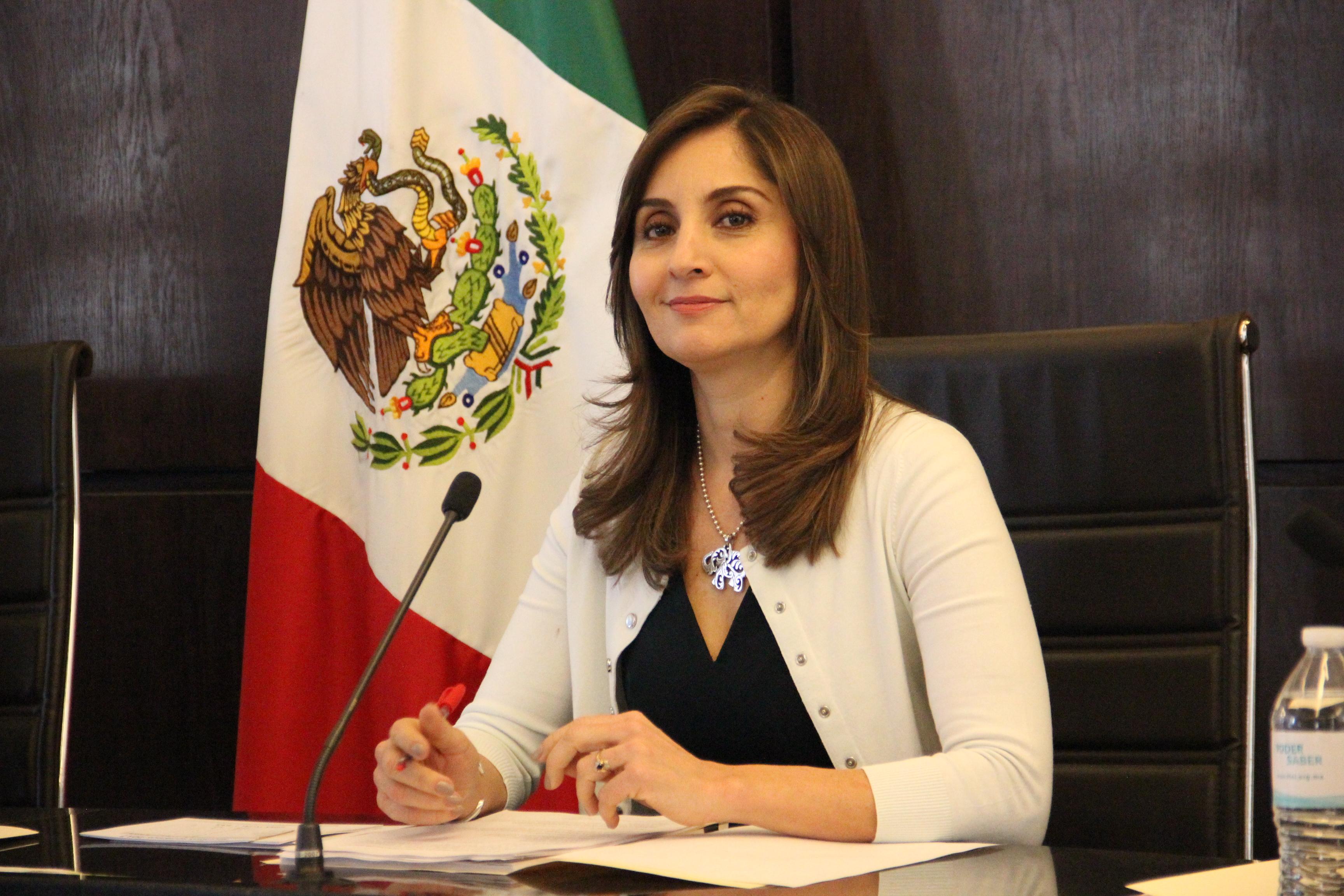 Fiscalía deberá transparentar información sobre escoltas: Cynthia Cantero