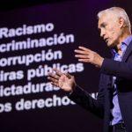 Jorge Ramos gana premio a la excelencia periodística