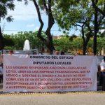 Taxistas piden a Gobernador sacar a Uber de Puerto Vallarta