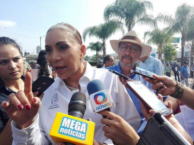 Miente María Elena Limón en su 3de3; infla su sueldo