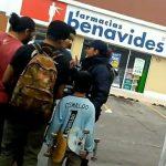 Graban a Policía de Tlaquepaque pidiendo soborno a menores de edad