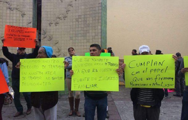 Se manifiestan Artesanos; acusan engaño por parte del Gobierno de Tonalá