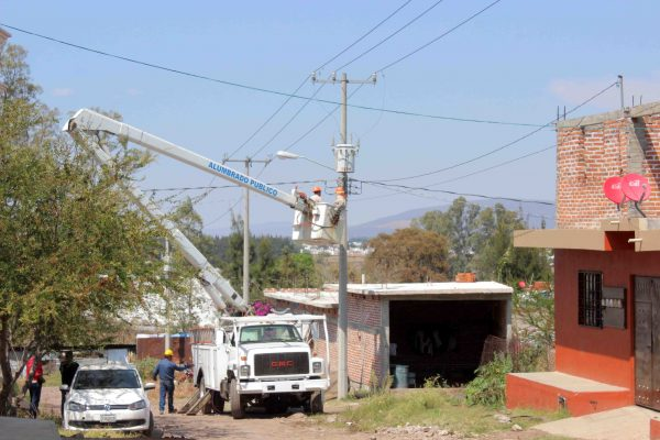 Ofrece alumbrado público mayor seguridad a la población de Zamora