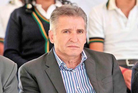 Suspensión de Sergio Chávez… ¿revancha de Jorge Arana?