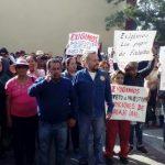 Trabajadores del Ayuntamiento de Tonalá realizan paro de labores
