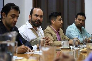 Choferes de plataformas de transporte y Gobierno de Tonalá acuerdan trabajar juntos; no hay veto para prestar el servicio