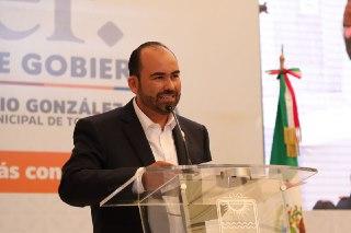 Juan Antonio González, rinde cuentas a tonaltecas con inédito informe de actividades